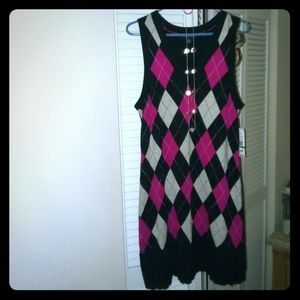 NWT Tommy Hilfiger large dress and jewelry